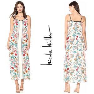 NWT Nicole Miller Studio V Neck Floral Maxi Dress